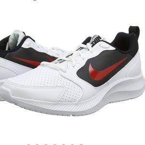 Men Nike Memory Foam Shoes on Poshmark